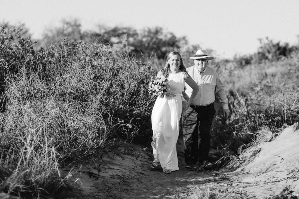 broome-bride-with-her-dad-julia-rau-photography-1