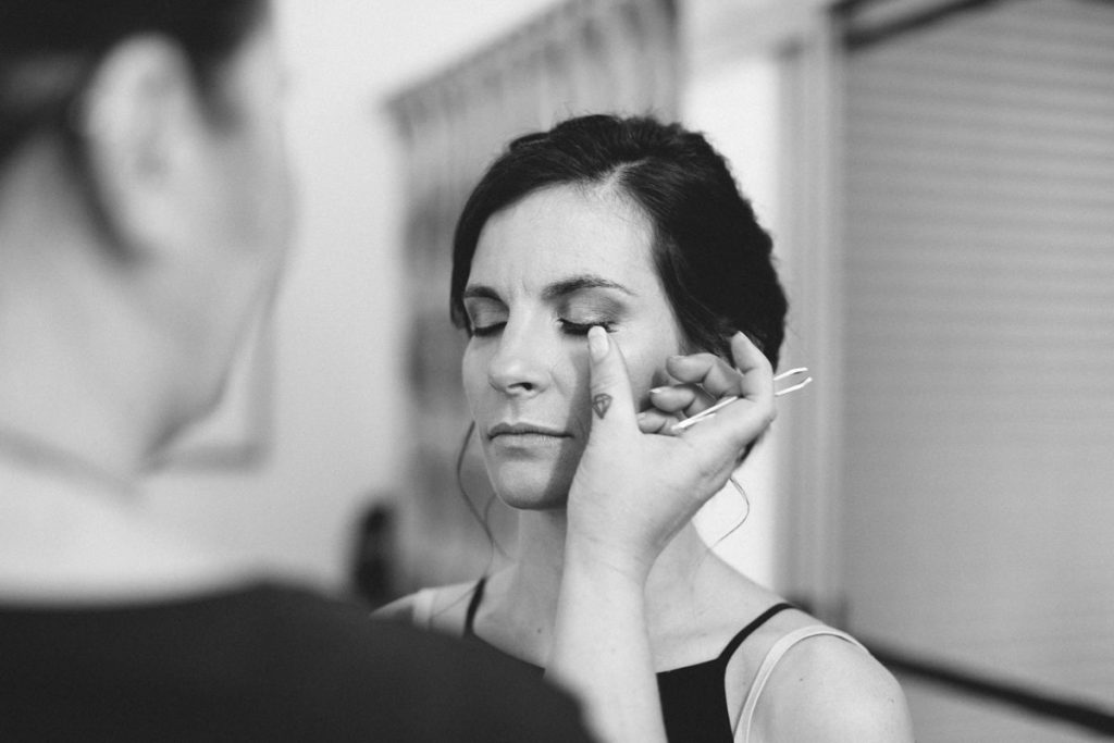 Broome bride getting ready