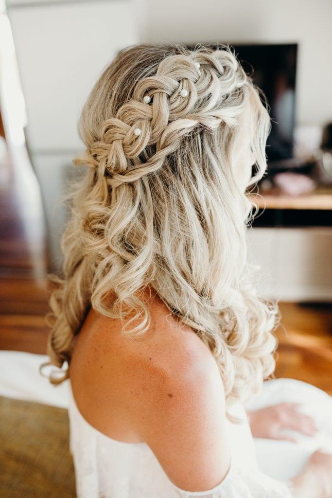 close up of bridal hair