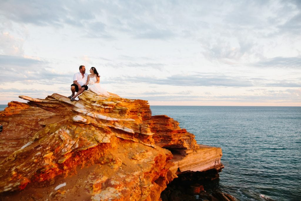 wedding couple at Gantheaume Point