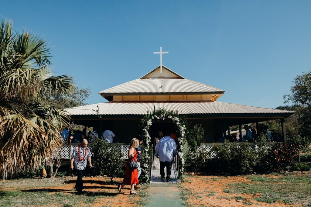Broome Uniting Church wedding with guests arriving